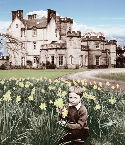 Young Francis Ogilvy in Daffodils - Winton Open Day 2016