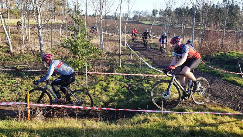 Thistly Cross Cyclocross Competition_Winton Castle