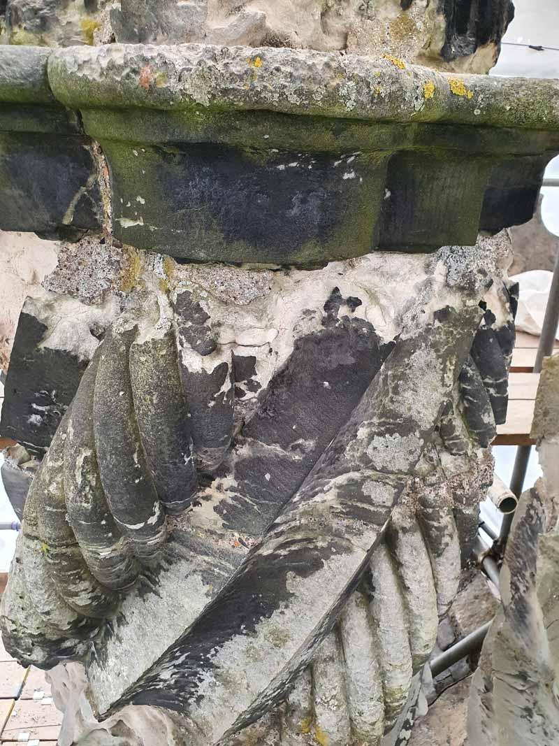 Winton-Castle-Chimneys---Bad-sid