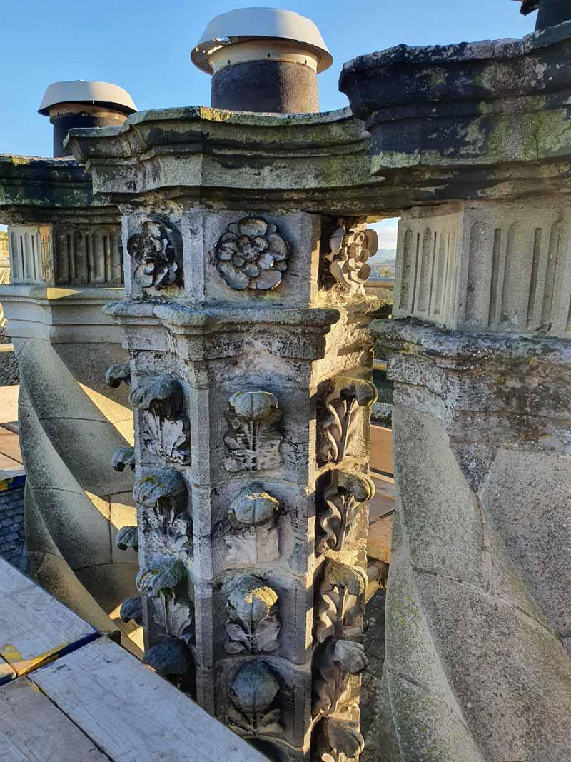 Winton-Castle-Chimneys---Good-side